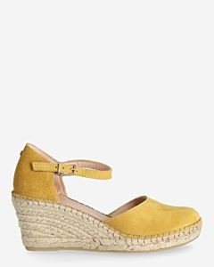 Wedge-espadrille-suede-yellow