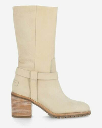Boot sanded hand buffed leather with beige heel