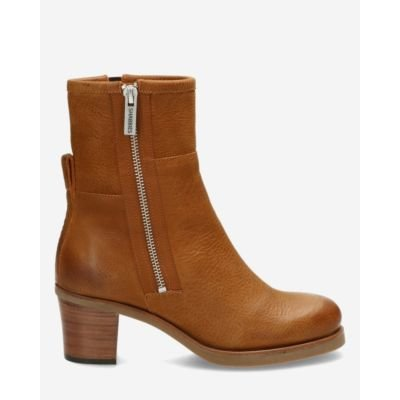 Heeled-ankle-boot-waxed-grain-leather-brown